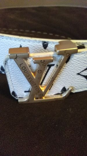 Louis Vuitton belt for Sale in Tampa, FL