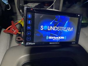 Soundstream bluetooth apple carplay double din for Sale in Inglewood, CA