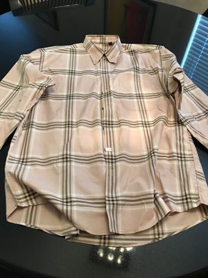 Burberry dress shirt for Sale in Henderson, NV