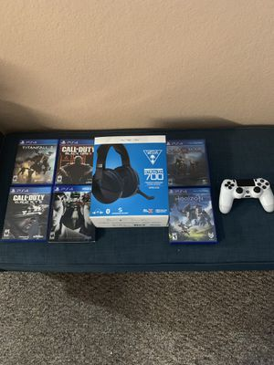 PS4 turtle beach stealth 700 headset, PS4 white controller, PS4 games Titanfall 2 and Call of duty Black Ops 3 for Sale in Winter Garden, FL