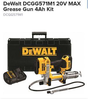 Dewalt 20V MAX Grease Gun 4Ah Kit for Sale in Burlington, NJ
