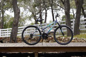 Girls Mountain bike for Sale in Conyers, GA