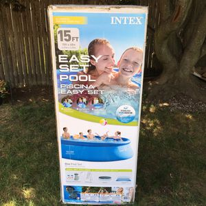 """Intex 15 Foot (15'x48"""") Quick Set Above Ground Swimming Pool for Sale in South Attleboro, MA"""