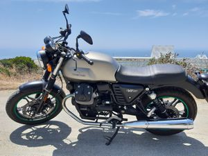 2016 Moto Guzzi v7 stone ii for Sale in Chula Vista, CA