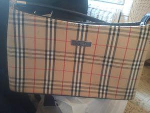 (See photos)Authentic Burberry Handbag for Sale in Peekskill, NY