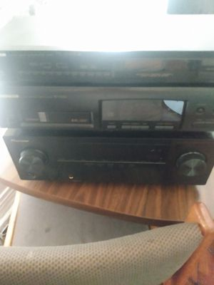 Pioneer receiver and CD player...works as it should. $200 obo for Sale in Windsor, ON