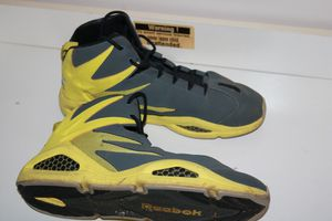 Yellow/Grey reebok for Sale in Silver Spring, MD