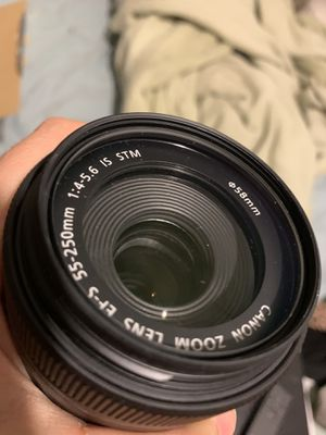 Canon EF-S 55-250mm Zoom Lense 1:4-5.6 IS STM for Sale in Savannah, GA