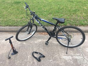 """26"""" GTM Bike with Pump & Lock (price when bought - $145) for Sale in Houston, TX"""