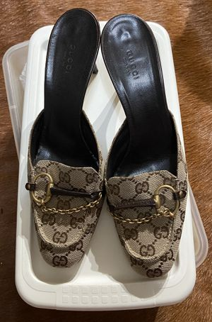 Women's Classic GG Gucci Slingback Heels Size 9-1/2 for Sale in Las Vegas, NV