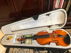 Acoustic Electric 4/4 Full Size Violin with case, Bow & Rosin Good Condition , has a small chip near the input jack, sounds great, works well for Sale in Plantation, FL