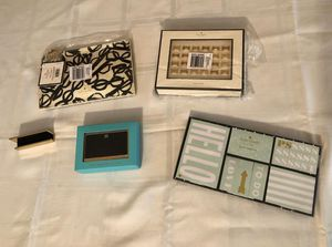 Kate Spade Bundle. Card holder, sticky note set, push pins, pencil pouch set NEW for Sale in Miami, FL