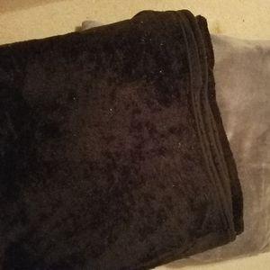 Fleece blankets Rugs Comforter Bathmat for Sale in Pompano Beach, FL