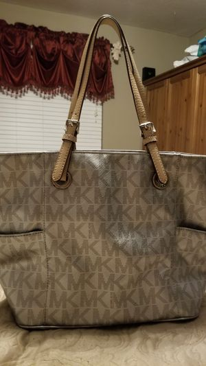 Michael Kors purse for Sale in Moore, OK