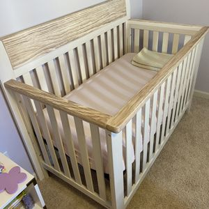Baby Crib for Sale in Dublin, OH