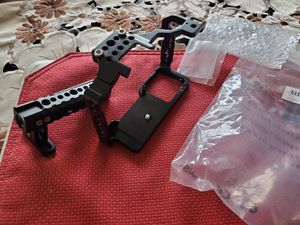 Small ring cage with top handle new for camara for Sale in Lynwood, CA