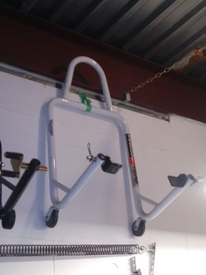 """Triumph Motorcycle """"lifter"""" jack lift stand fork rear jackstand for Sale in Brooklyn, NY"""