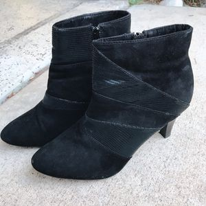Women's ankle boots - size 7 for Sale in San Diego, CA
