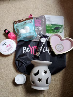 Beauty bundle for Sale in Beaumont, CA