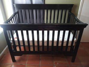 Baby Crib with mattress for Sale in Round Rock, TX