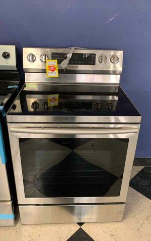 BRAND NEW SAMSUNG NE59N6630SG ELECTRIC STOVE YTD for Sale in Houston, TX