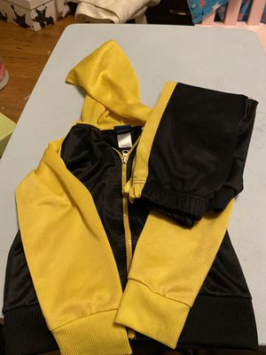 Kids' Black and Yellow Hoodie/Pants Set for Sale in Kansas City, MO