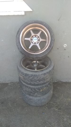 Neuz rim good condition for Sale in French Camp, CA