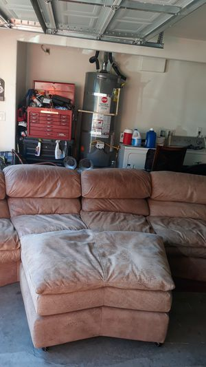Sectional couch with a ottoman for Sale in Tracy, CA
