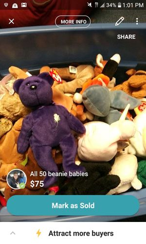 Box of 50+ beanie babies for Sale in Red Bank, NJ