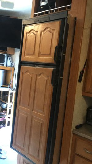 refrigerator for RV (IT DOES NOT WORK) for Sale in Corpus Christi, TX