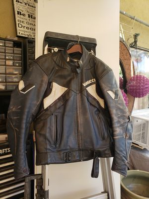Vanucci motorcycle jacket for Sale in Temple City, CA