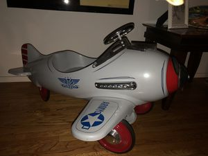 Pedal Plane - Silver Pursuit - Full Size Ride on Toy - Vintage for Sale in Garden Grove, CA