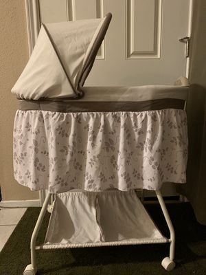 Like New Bassinet for Sale in Houston, TX