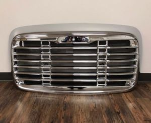 ✔✔✔🆕️🆕️🆕️ FREIGHTLINER COLUMBIA GRILLE WITH BUG SCREEN 2002 - 2010 🆕️🆕️🆕️✔✔ for Sale in Riverside, CA