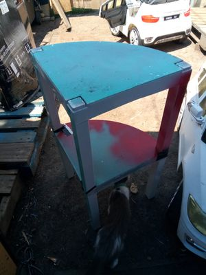 Two tierd corner shelf for Sale in Wichita, KS