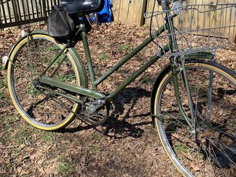 Vintage Raleigh Bicycle for Sale in Alpharetta,  GA