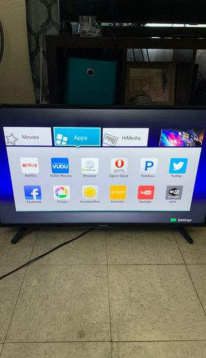 40 inch Hisense smart tv for Sale in Long Beach, CA