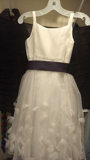David's Bridal Flower Girl Dress for Sale in Fuquay-Varina, NC