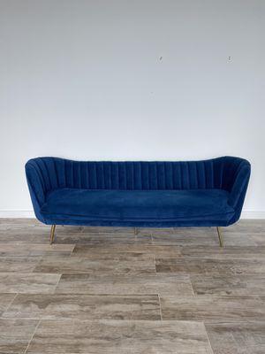 Velvet Couch for Sale in Miami, FL