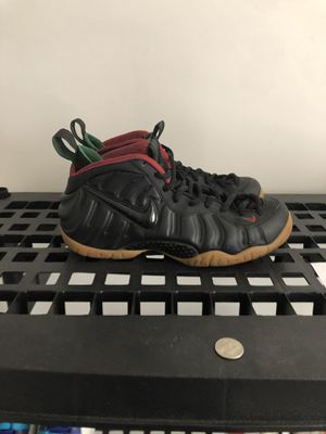 Gucci foams Sz 9 for Sale in Raleigh, NC