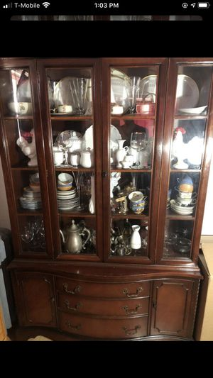 China cabinet antique for Sale in Los Angeles, CA