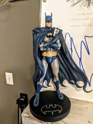 DC Collectibles LE 5000 Batman statue for Sale in Cincinnati, OH