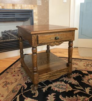 Solid Oak Wood End Table for Sale in Buckley, WA