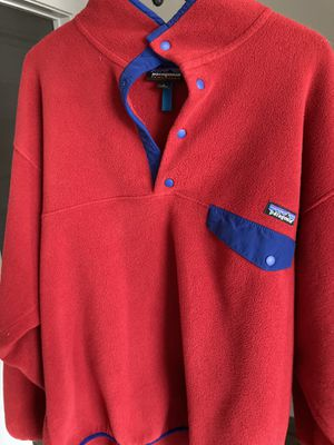 Patagonia Pullover (Large) for Sale in Raleigh, NC
