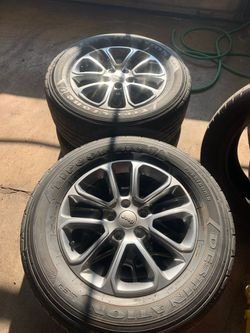 Set of 4 Jeep Grand Cherokee wheels and tires for Sale in Crest Hill,  IL