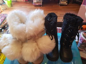 Size 6 baby girl boots for Sale in Wellford, SC