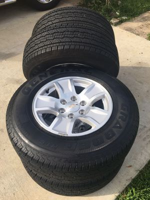 2018 CHEVY SILVERADO 17s RIMS AND TIRES for Sale in Grand Prairie, TX
