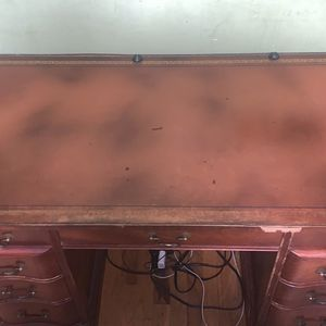 Antique Desk for Sale in Queens, NY