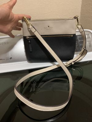 Kate spade ♠️ crossbody $15 for Sale in Fort Worth, TX