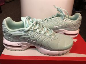 Nike Air Max Plus Mint Green Lace Up Shoes. Worn once but still in great condition! US_5.5Y for Sale in San Francisco, CA